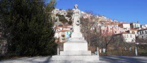 Statue of fallen Heroes Agiasos