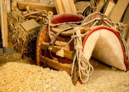 Craft Your Wooden Souvenir!